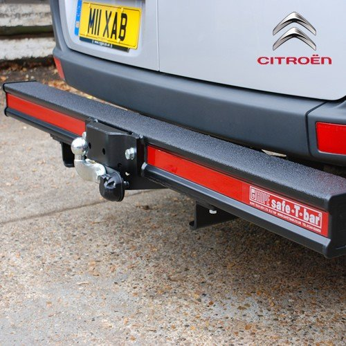 Why Rear Steps And Protection Bars Are A Great Investment